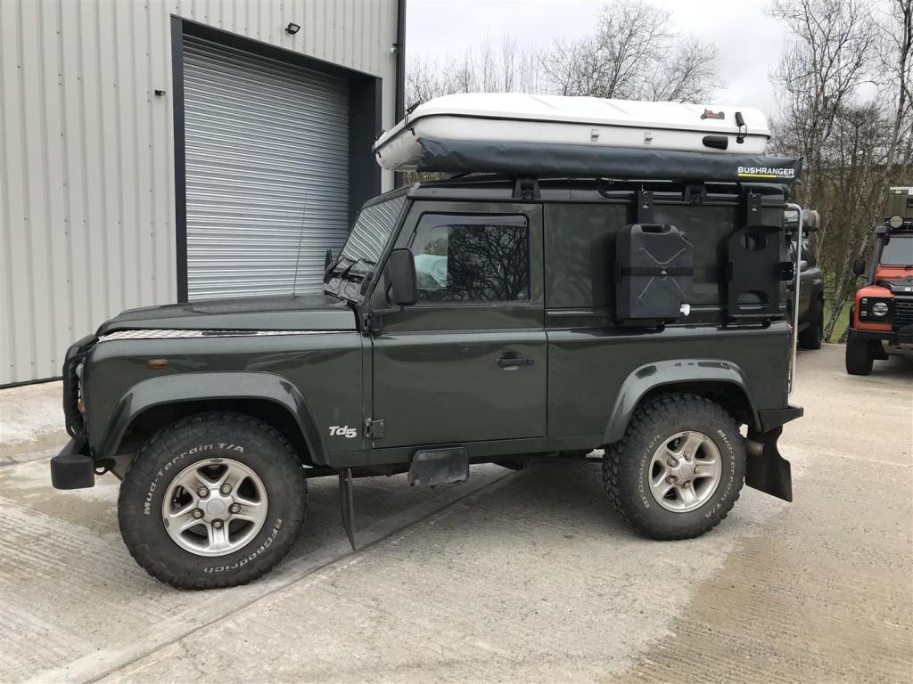 Land Rover Defender 90 Td5 Light Overland Preparation