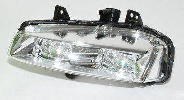 Front Fog Lamp LH LR026090