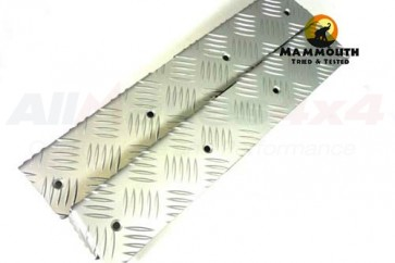 Mammouth 3mm Premium rear body corner protectors Defender 110 2007 on (silver anodised)
