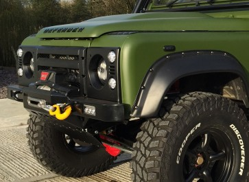 D44 Defender High Mount Bumper For Lowline Winch - Standard Ends - With Lazer Cutouts