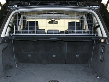 Range Rover Sport  05 to 13 Half Height Dog Guard