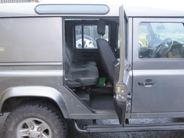 GMB Defender 110 / 130 2nd Row Door Wide Open Brackets & GMB Defender 110 / 130 2nd Row Door Wide Open Brackets - Devon 4x4 ...