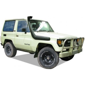 Safari Toyota Landcruiser Bundera FJ 2.4L Diesel Snorkel