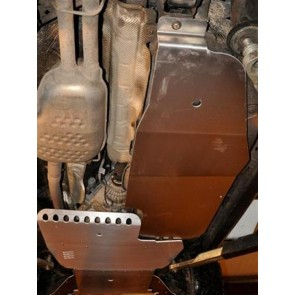 D44 Discovery 3 & 4 Fuel Tank Guard