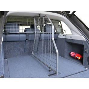 Range Rover L405 2013 on Dog Guard Divider