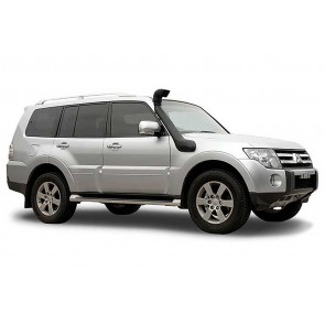 Safari Mitsubishi Pajero NW 2006 on Snorkel 3.2L D