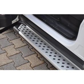 Terrafirma Land Rover Discovery 3 / Discovery 4 Side Step Kit