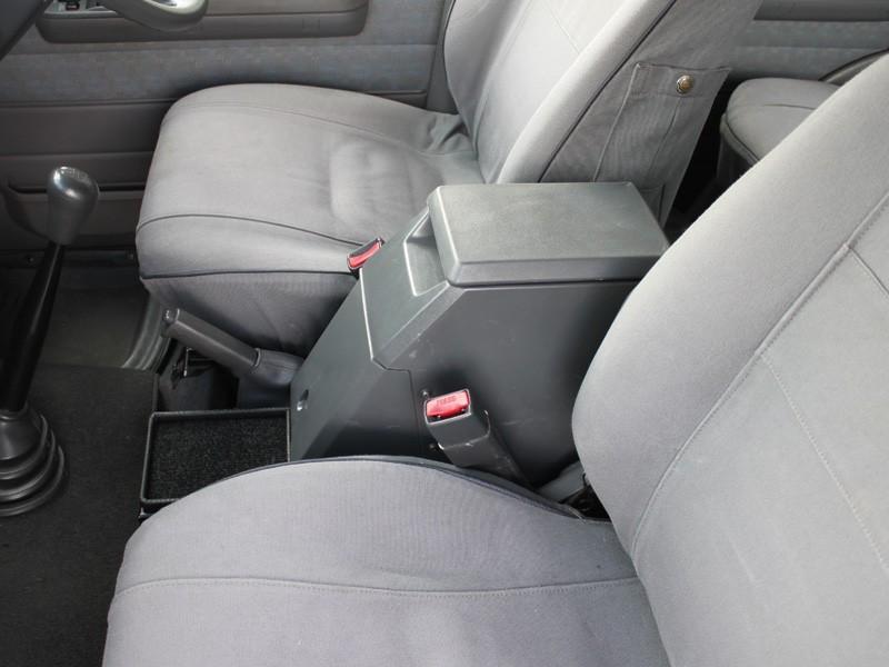 Front Runner Safe Toyota Land Cruiser 70 Series Station
